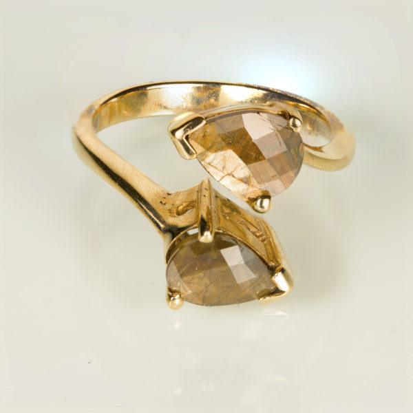 Gold Sheen Sapphire Ring 9K gold 2x2ct