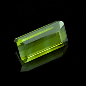green tourmaline 4.24ct